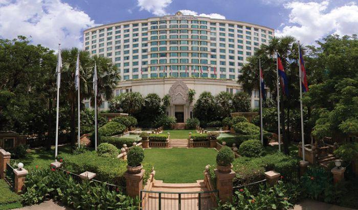 インターコンチネンタルプノンペン、「ザ・グレート・ドゥークホテル」に名称変更