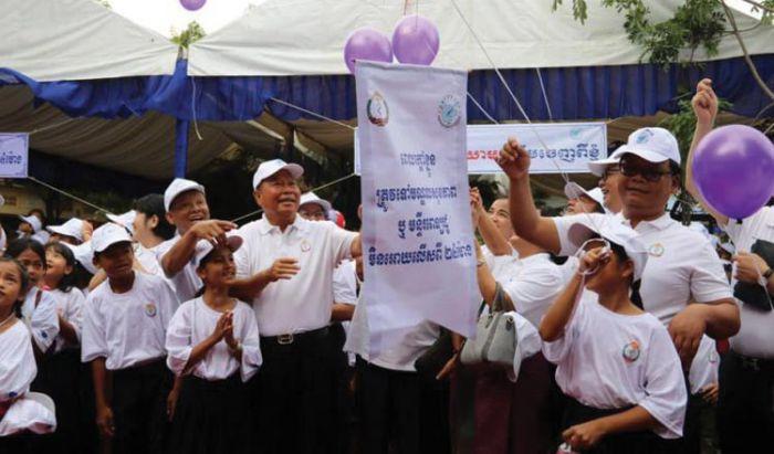 カンボジア、デング熱の被害減少