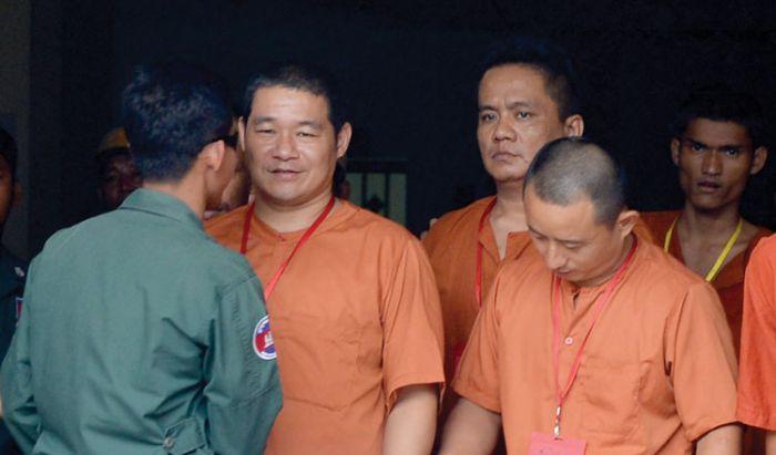郵便局でエクスタシー18キロ密輸の中国人、終身刑に