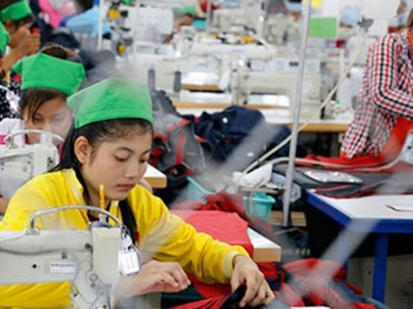 特恵関税撤廃のせめぎ合い激化、EUがカンボジアに更なる警告