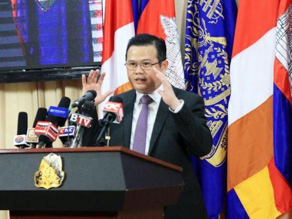 カンボジア、EU特恵関税撤廃に備え30億ドル準備か