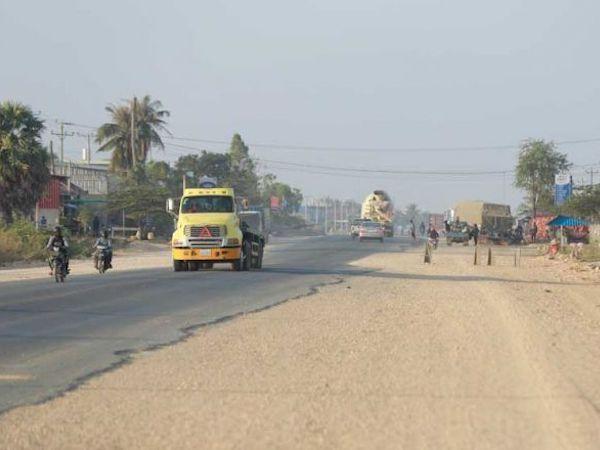 公共事業運輸省:国道3号線改修工事、45%完了