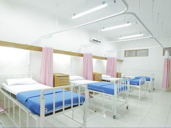 カンボジア:新型コロナ感染患者が退院 日系企業は対策急ぐ