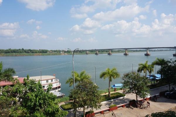 プノンペンから3時間!カンボジア第3の都市へ|コンポンチャムの旅