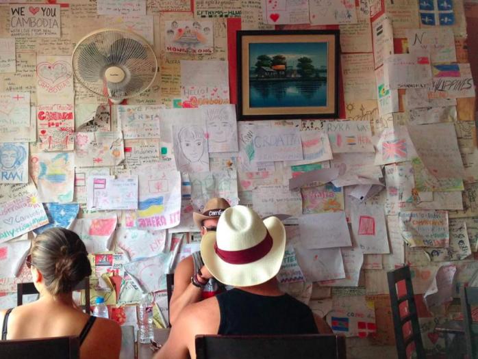 プノンペンのリバーサイドを解説!ナイトスポットや飲食店、観光名所まで