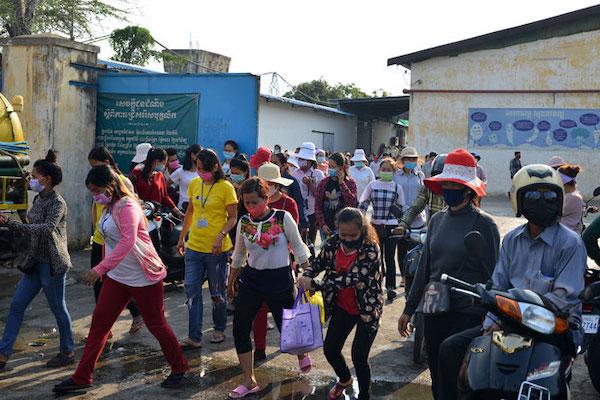 カンボジア、縫製・履物協会がEBAの停止延期を陳情