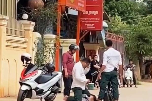 カンボジアでも警察の暴力、警察官が懲戒処分に