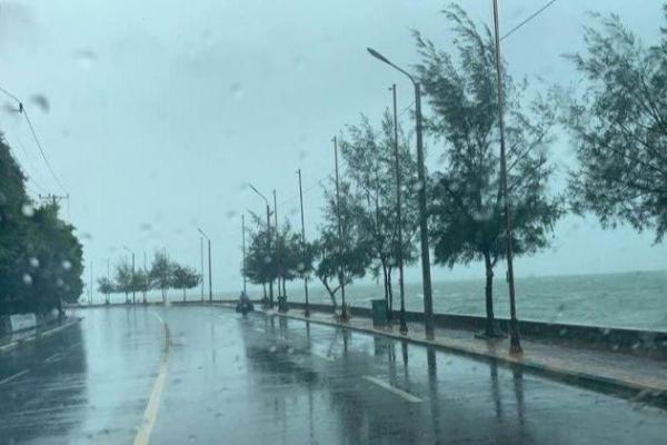 カンボジア:7日まで大雨と高波の恐れ