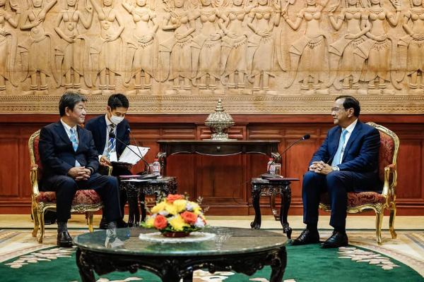 日・カンボジア外相電話会談、日本が250億円の緊急財政支援へ