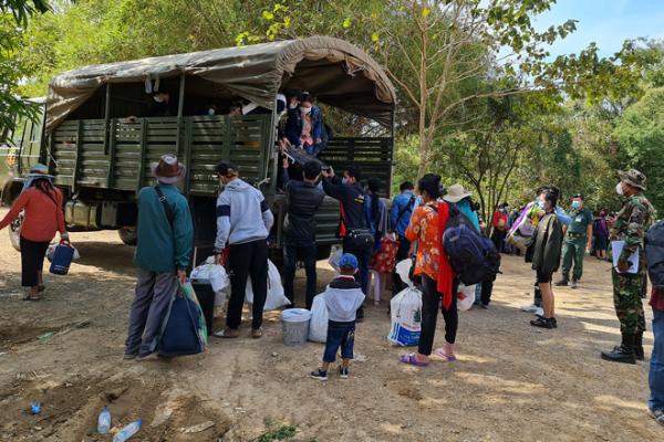 1000人以上の移民労働者が帰国、一部隔離施設が不足状態に