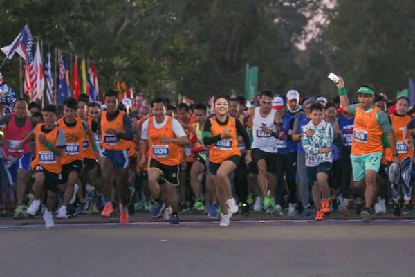 アンコールワット国際ハーフマラソン、1月24日に開催