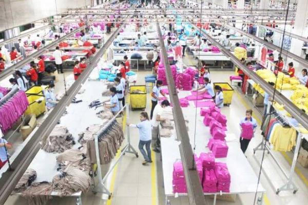 中国企業、コンポンスプー州で20件の投資検討 縫製・靴工場など