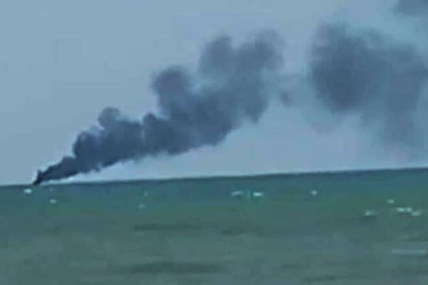カンボジア海軍のスピードボート爆発、4人負傷・2人行方不明
