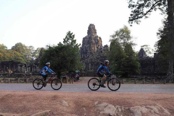 ワクチン接種の外国人観光客受け入れか、カンボジア政府方針