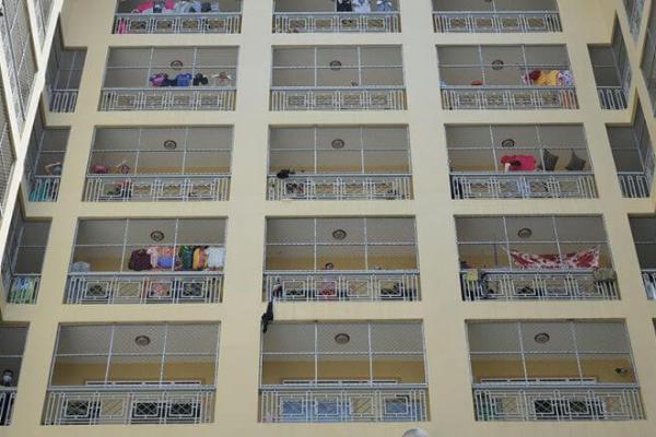 プノンペン:レッドゾーンに居住する学生・労働者の水道料金免除