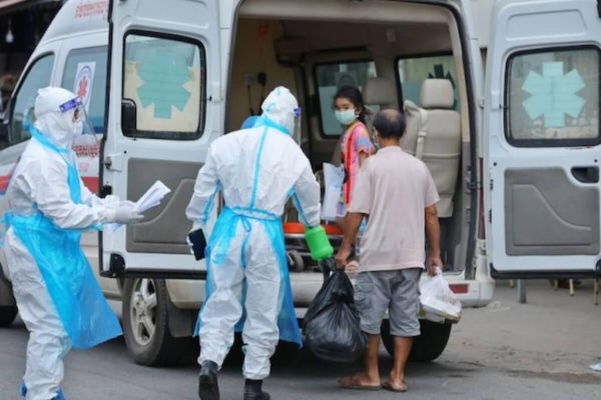 カンボジア、3日連続で約1000人の感染者を確認
