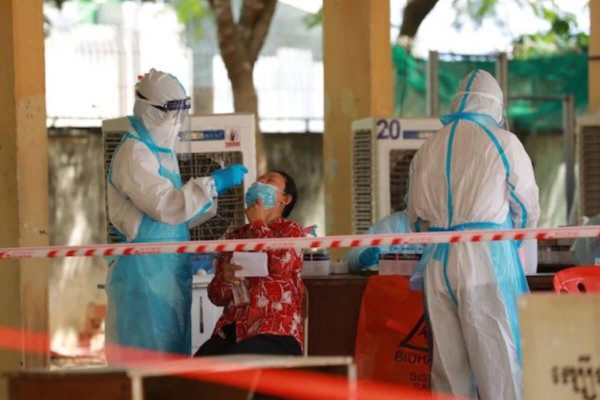 カンボジア:14日は新型コロナ感染者915人、死亡者33人を確認