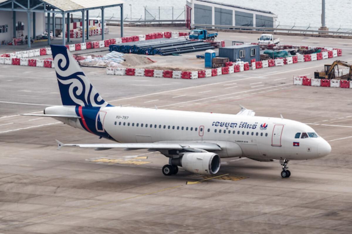 中国:カンボジア、フィリピン発の2便を一時停止に 乗客の感染確認