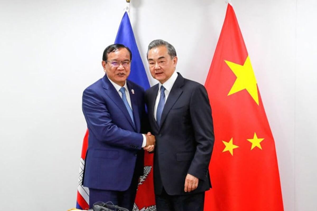 中国の王毅外相、カンボジアなど歴訪へ