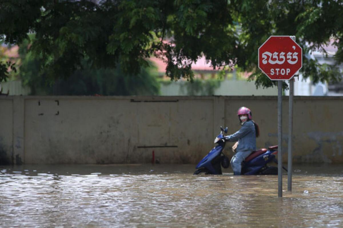 カンボジア:14日まで洪水の可能性 プノンペンなど10州
