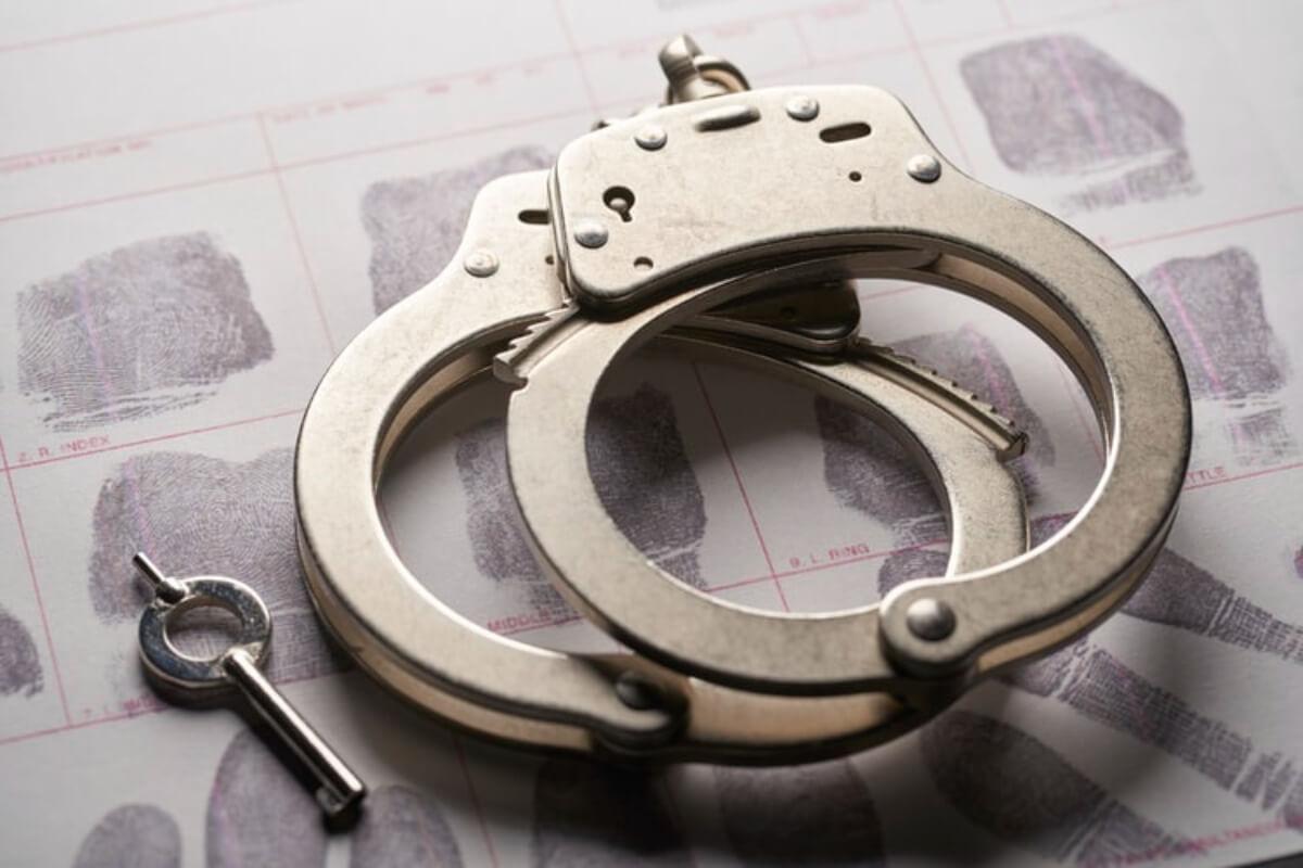 フィリピン国籍の男性が親族2人を殺害、プノンペンのアパートで