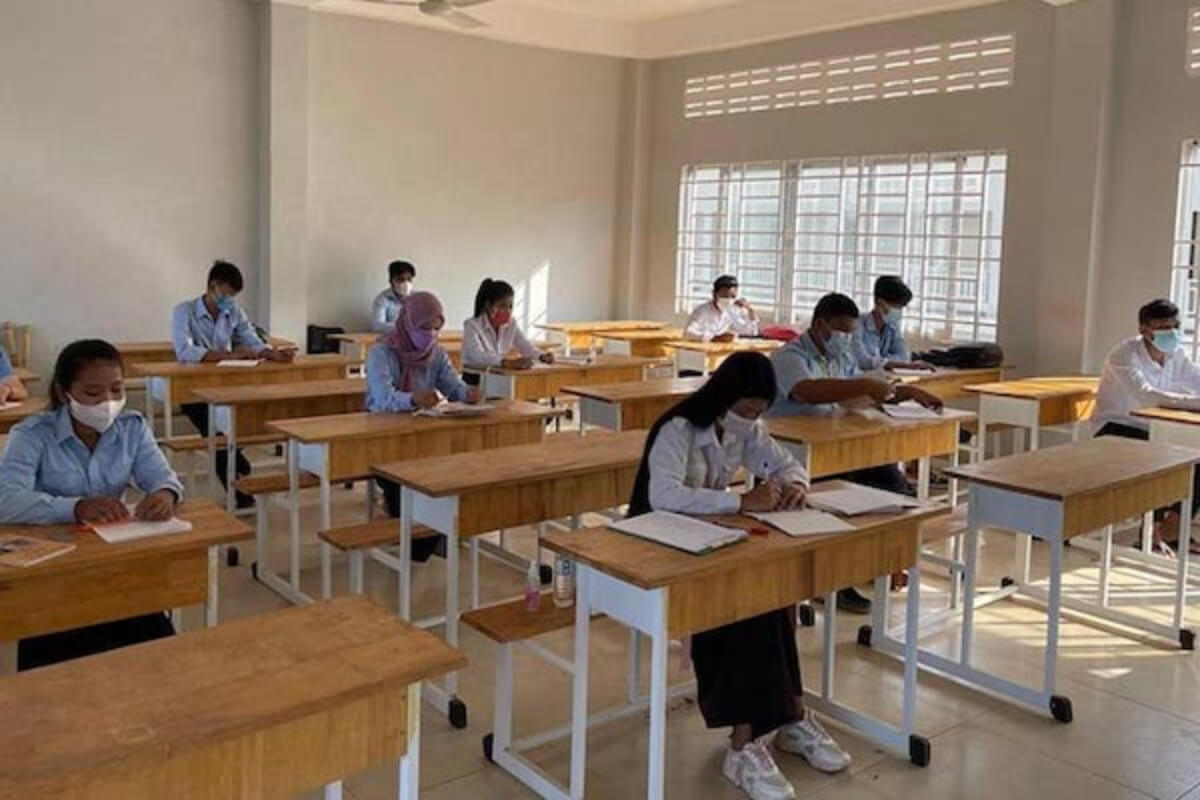 プチュンバン後に教師・生徒のコロナ感染確認 プノンペンなどで