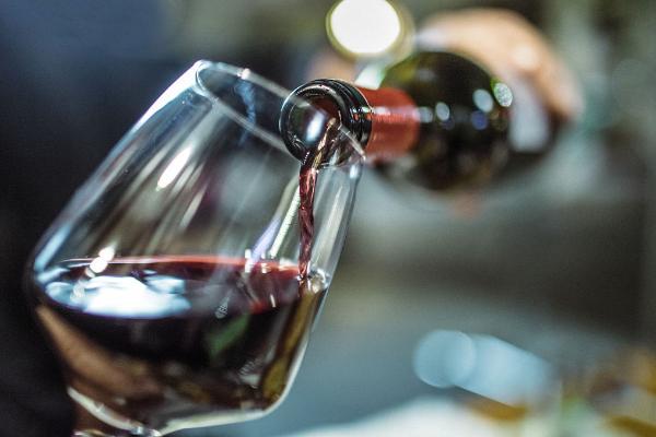 【今年末まで】ワイン・リキュールボトルが特別価格!2本32ドル〜