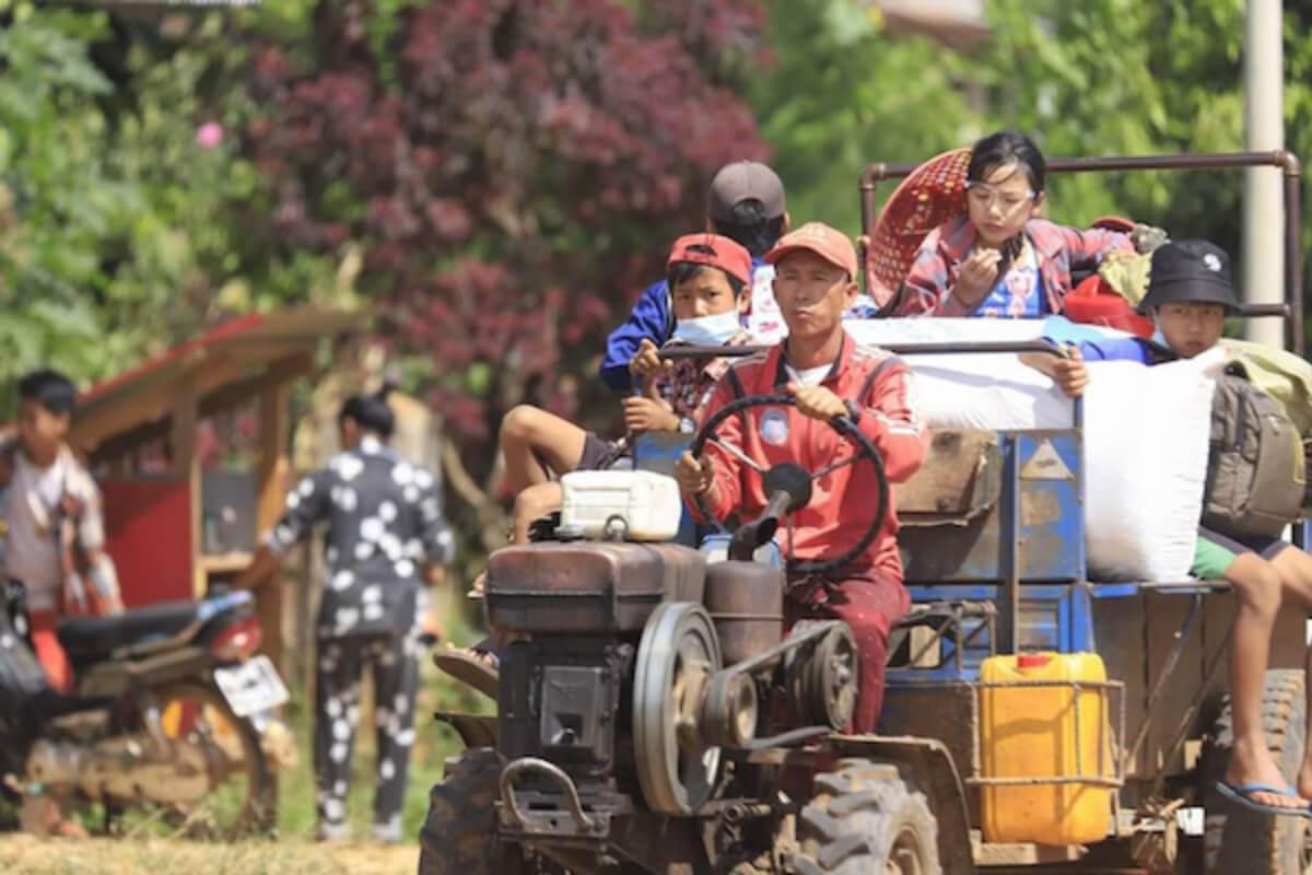 ミャンマー国軍と民主派勢力が衝突、1000人以上が避難 シャン州南部