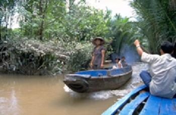 ベトナム人気ツアーの値段比較