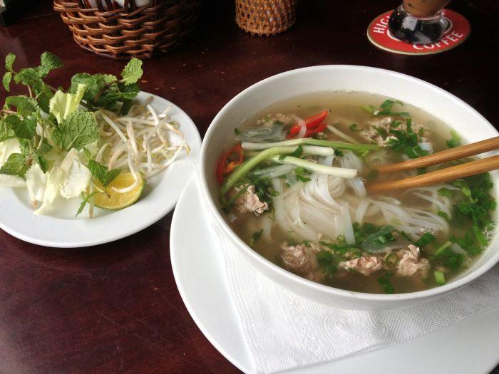 ベトナムのフォーの楽しみ方って!? 値段や作り方を紹介