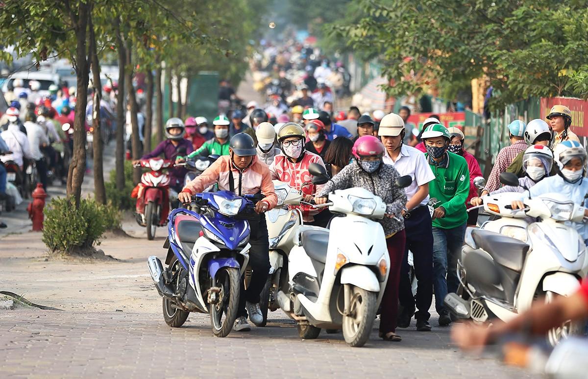 運輸省、ハノイのバイク禁止計画を再支持