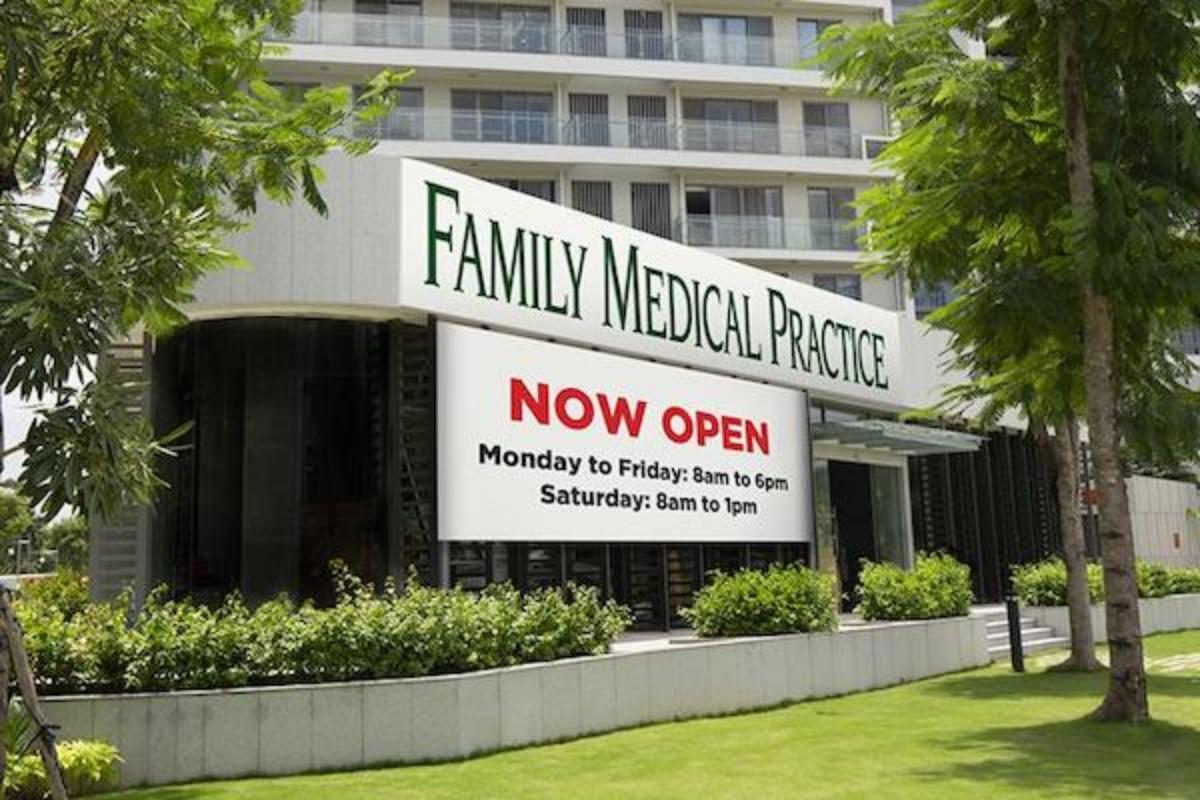 ファミリーメディカルプラクティスが7区にオープン!院内をご紹介!