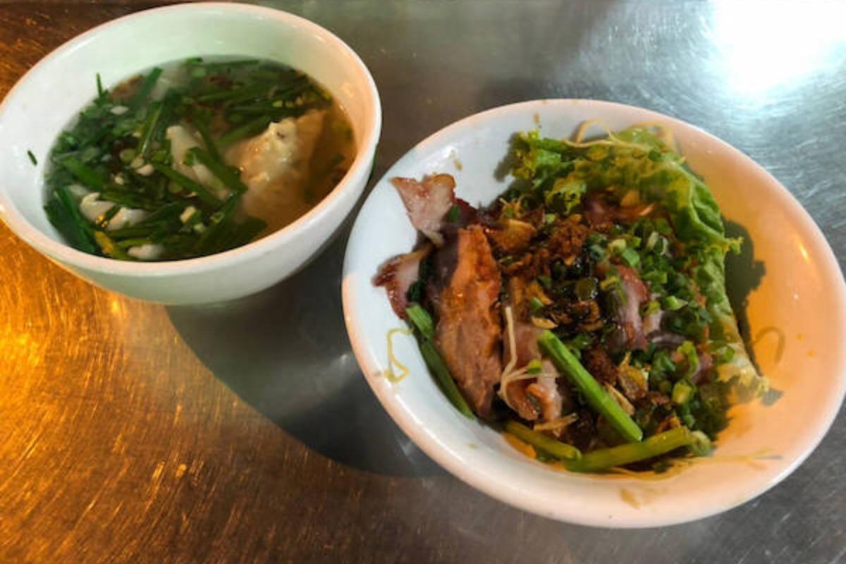 地元の人イチオシ!水餃子と中華麺が美味しいローカルレストラン!