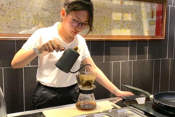 ホーチミン,カフェ,凛家,RINYA,Cafe