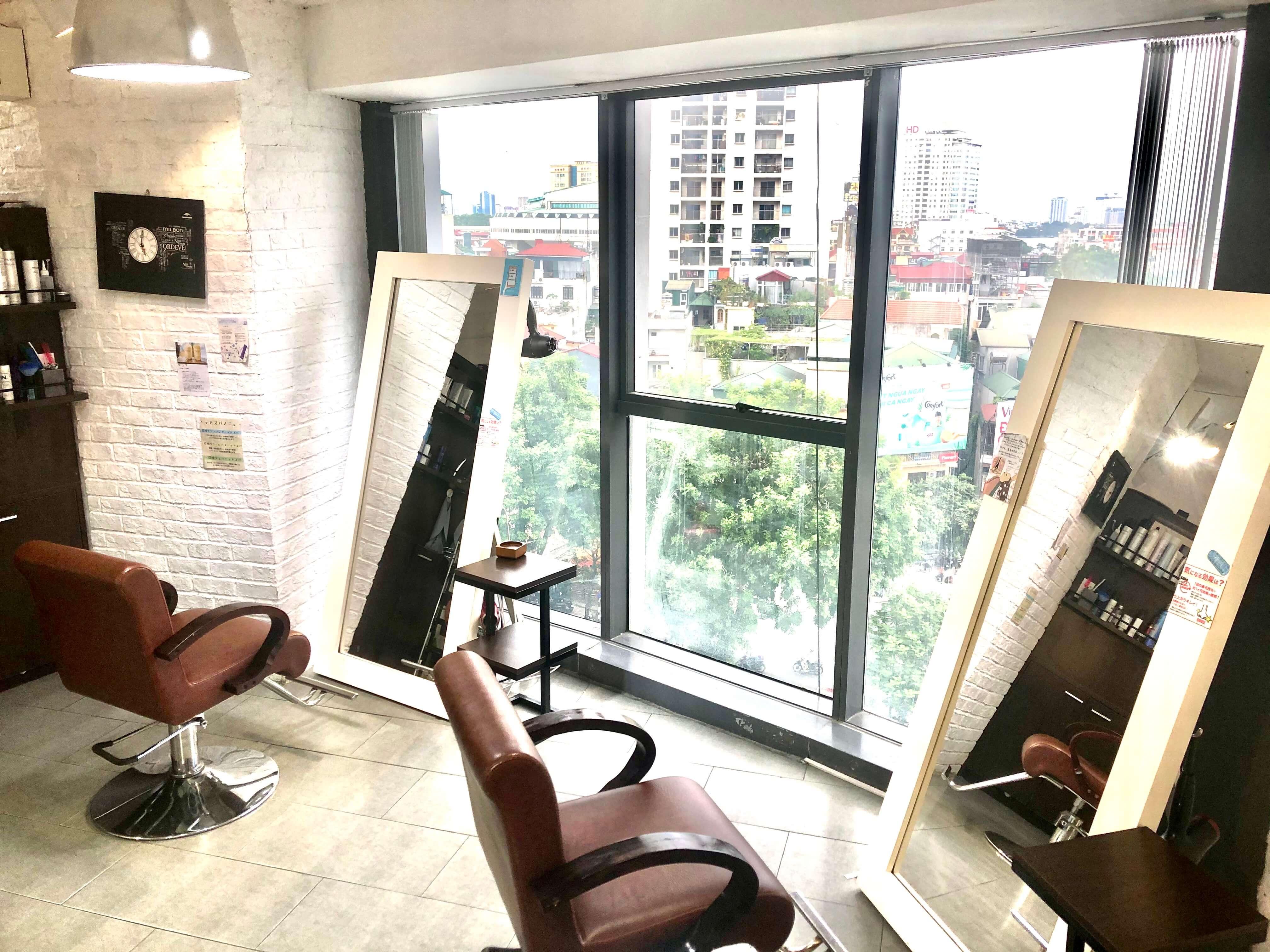 ハノイの日本人スタイリスト常駐の美容室「AUBE Ciel/AUBE Calme」