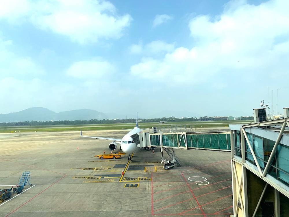 ダナン国際空港に駐機するベトトラベル航空