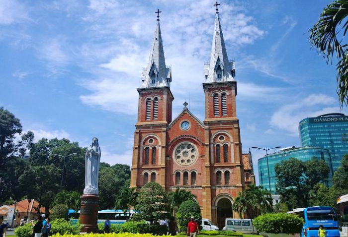 ホーチミンのサイゴン大教会ってどんなところ? 歴史や見どころを紹介!
