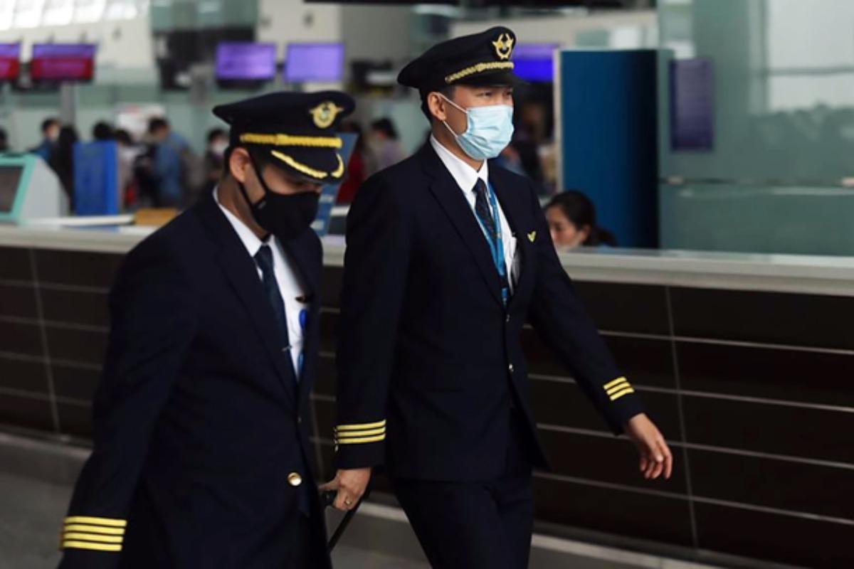 ベトナム航空:パイロットと客室乗務員の給与50%削減へ