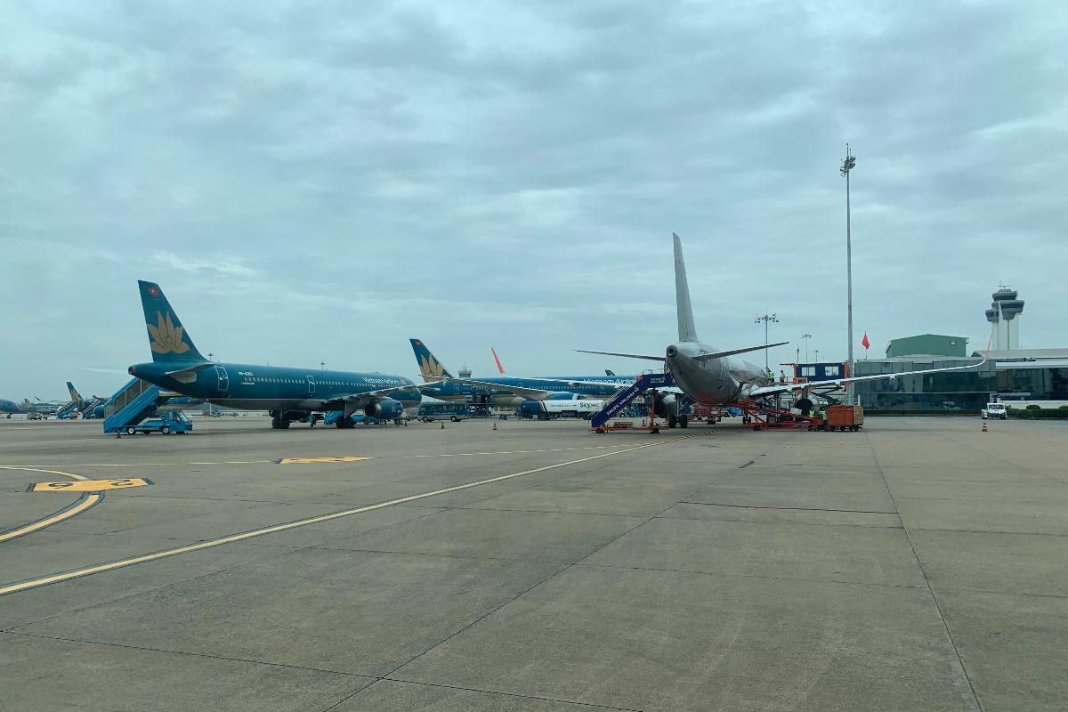 イギリス・南アフリカからのフライト停止、変異種確認で首相指示