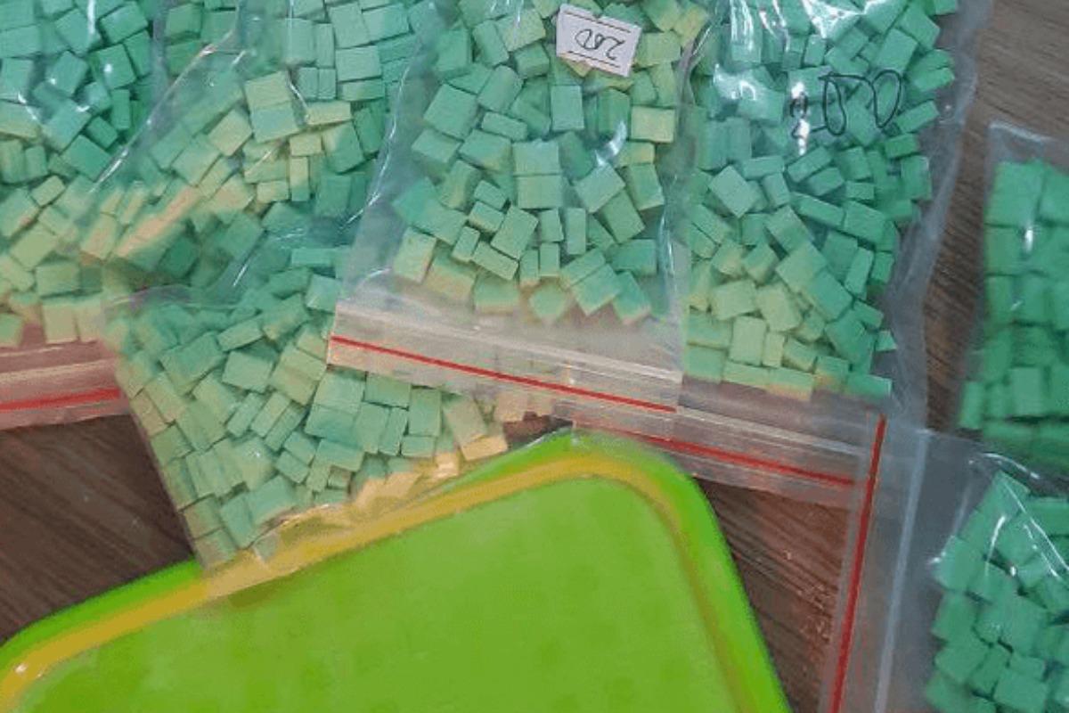 ベトナム:麻薬密売組織を逮捕 カンボジアから密輸
