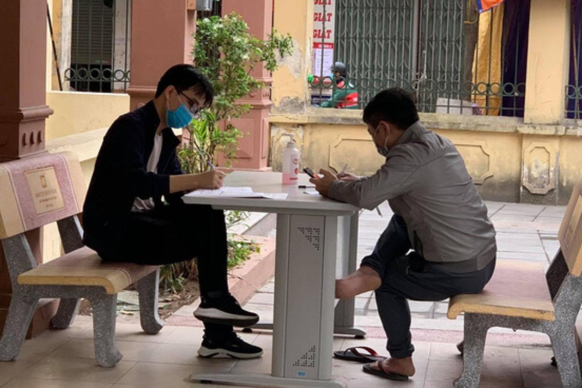 大型連休:新型コロナ感染に警戒高まる、ハノイでは医療申告義務付け