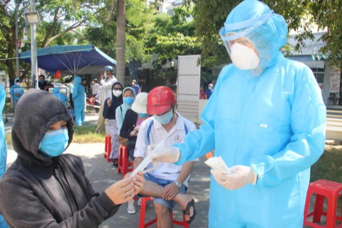 ダナンで大規模コロナ検査実施、感染リスク高い地域の世帯対象