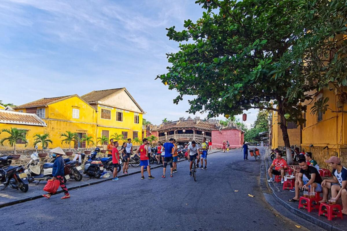 クアンナム省:ビーチの閉鎖解除、ホイアンでは観光客受け入れを再開