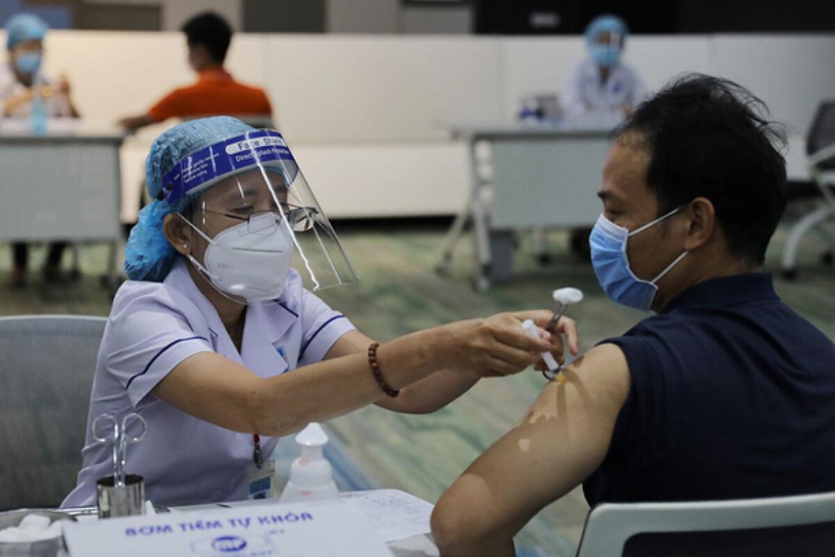 ホーチミンでワクチン接種キャンペーン始まる、日本寄付分を使用