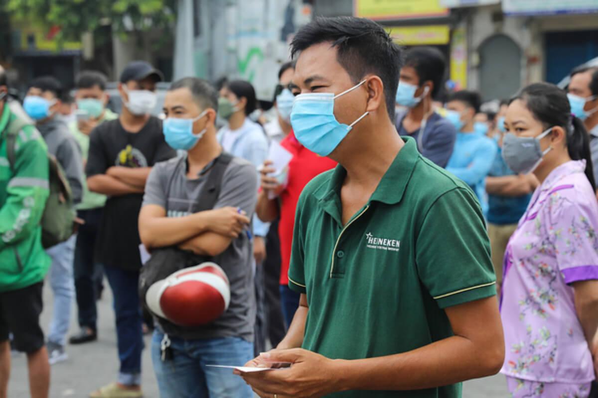新規感染者400人、ホーチミンで計8002人に 7日午後発表