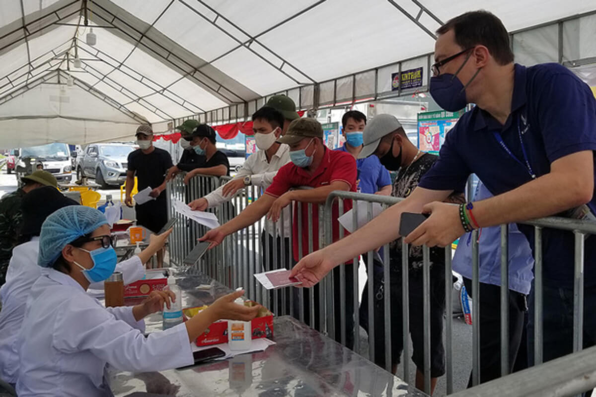 ベトナム:新規感染者2965人を確認 22日朝発表