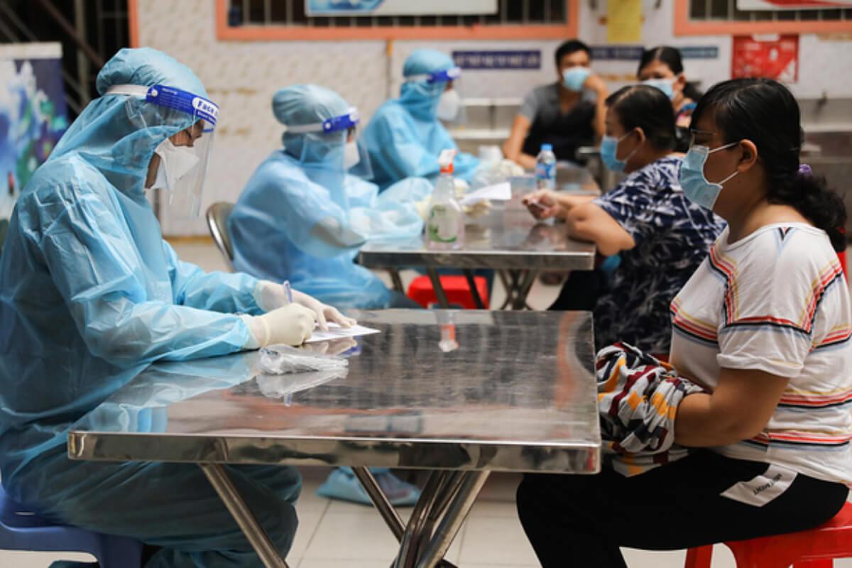 ホーチミンでワクチン不足、人民委が追加供給を要請
