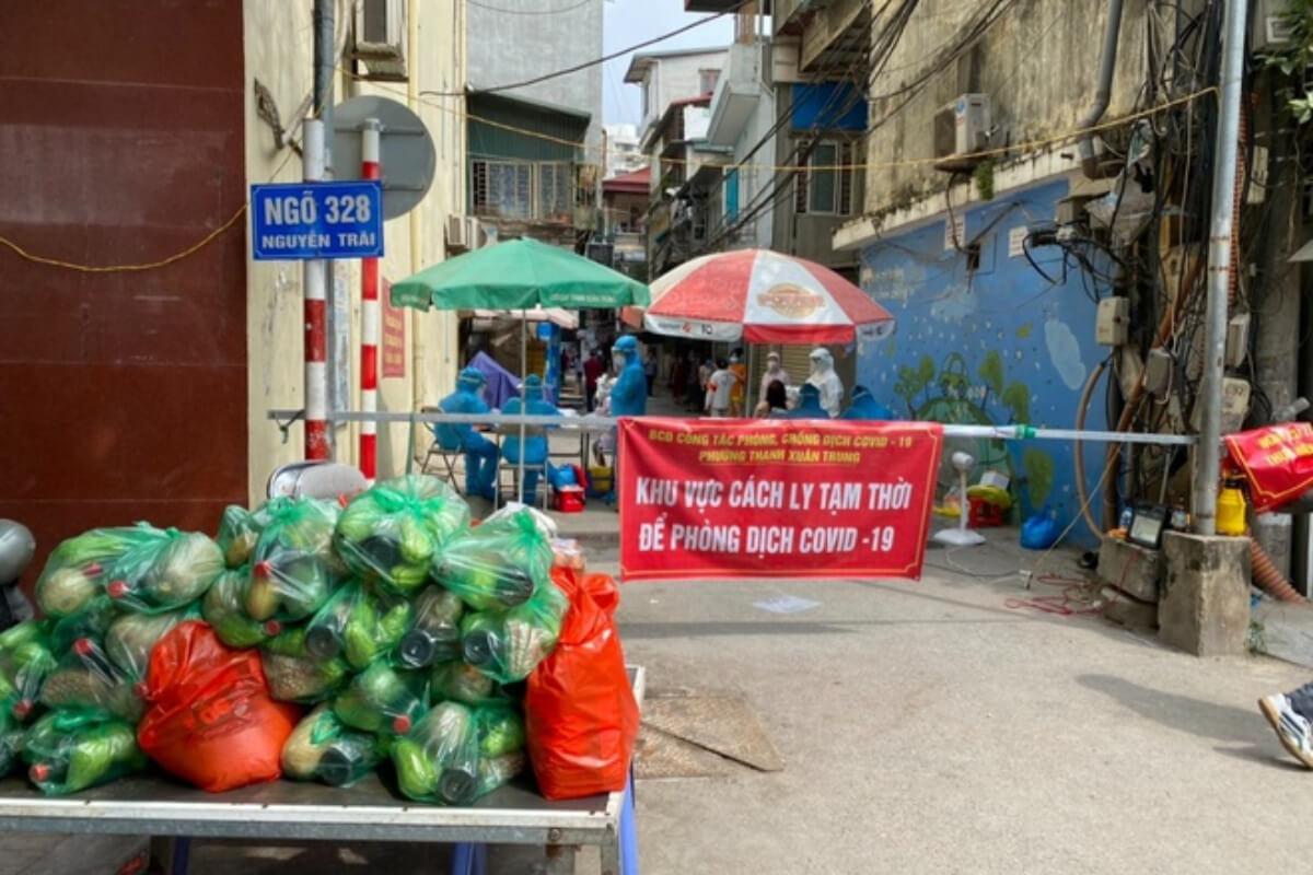 ハノイ・タインスアン区で感染者、700世帯以上居住の地域封鎖