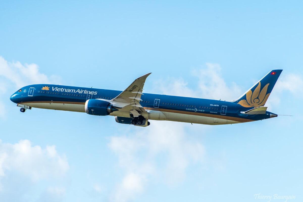 国内線の航空券の販売停止を、ベトナム航空局が航空各社に要請