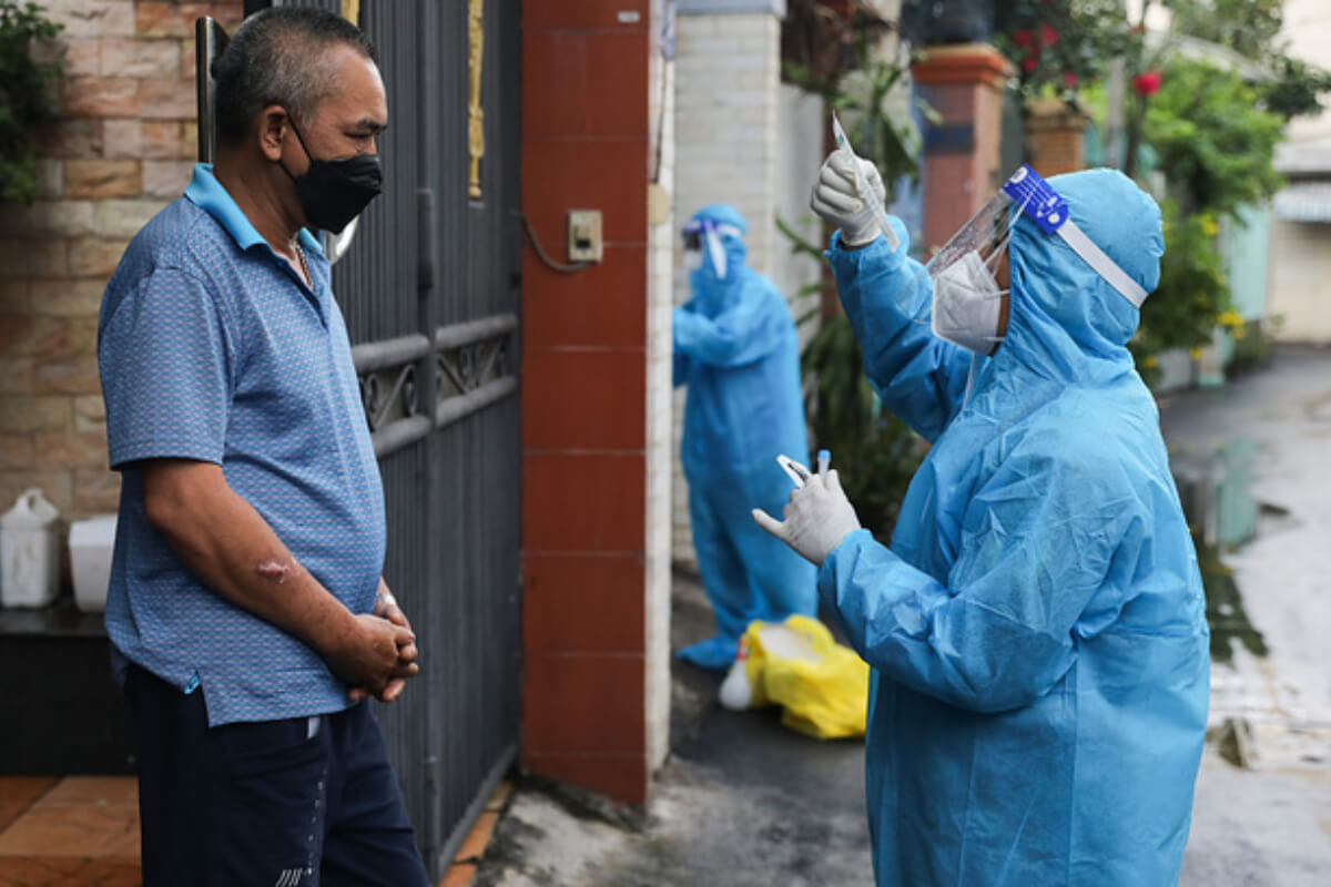 ベトナム:感染者1万3101人、4波で52万人超える 5日夜発表